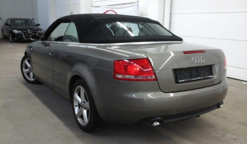 Audi A4 Cabrio Sline 2.7 TDI completo